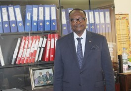Monsieur le Président de l'AGET, qui se cache derrière le grand homme