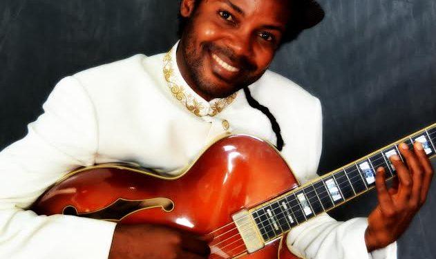 New Roots in Town: Jazz speak Easy at Crown Apartamento Hotel
